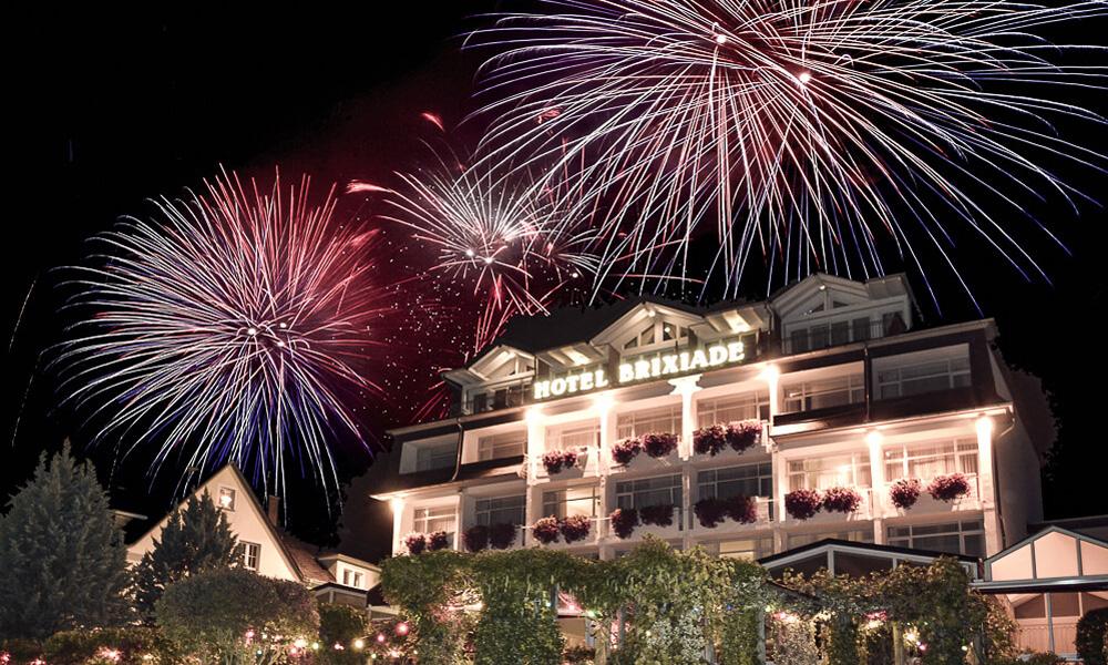 Feuerwerk Hotel Brixiade