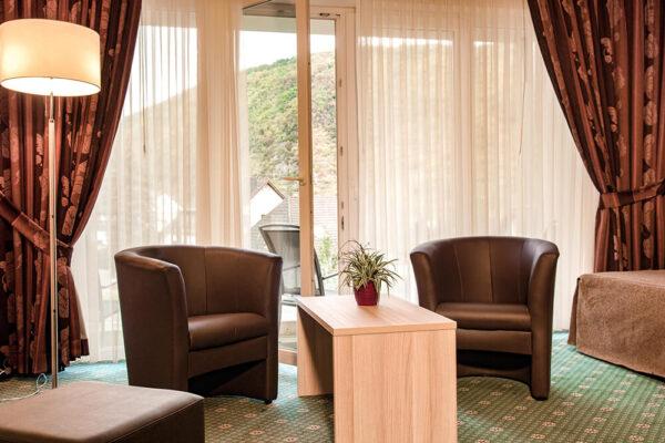 Krähennest Doppelzimmer exklusive Zimmeransicht mit Balkon